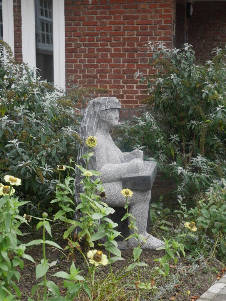 beeld Jan Harten De Schrijver gezamenlijke tuin