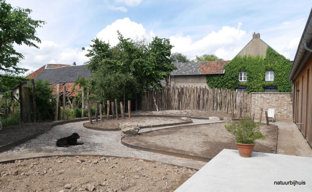 natuur-tuin natuur bij huis Limburg