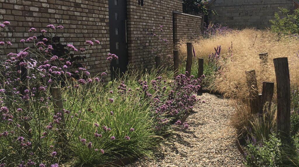 beplanting natuurlijke tuin natuurbijhuis